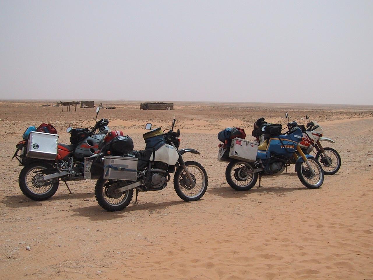 20030416_1303-Bir_Soltane_-_Mopeds