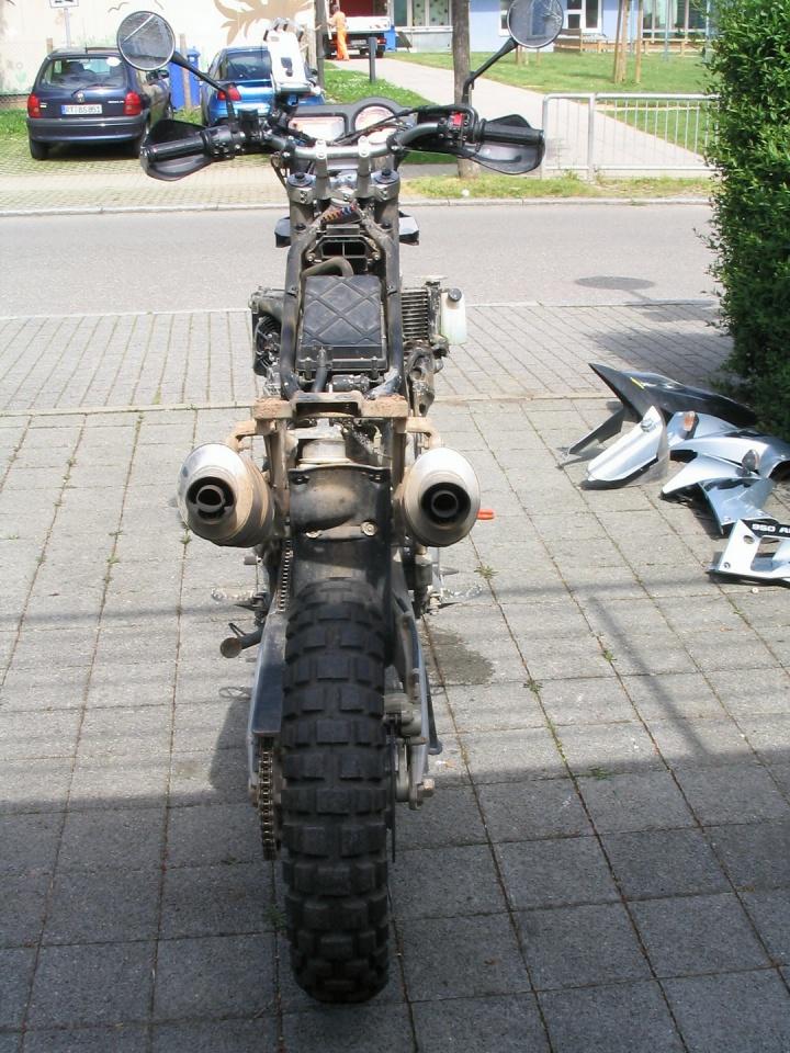 20040602_1032-KTM_wird_geputzt_12